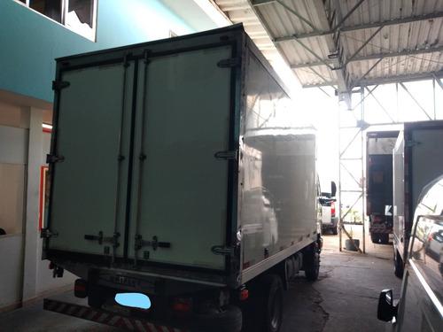 ford cargo 815 e baú refrigerado