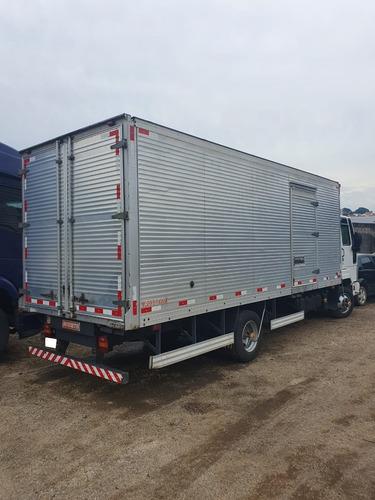 ford cargo 816 4x2 ano 2013 no baú