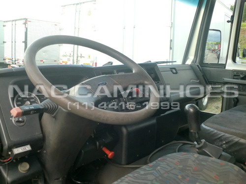 ford cargo 816 ano 2013/2013 cabine suplementar 06 lugares