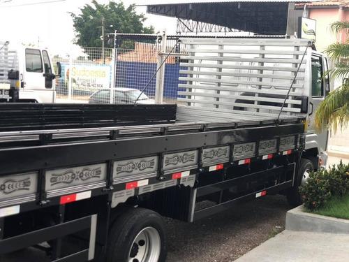 ford cargo 816 carroceria 2013