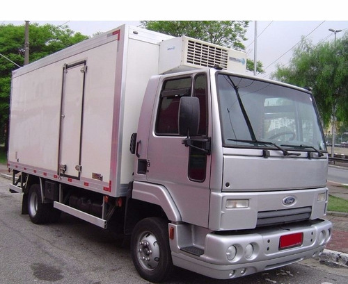 ford cargo 816 refrigerado 2015
