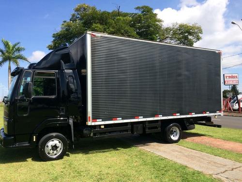 ford cargo 816 semi leito - baú de 6mts - financio!