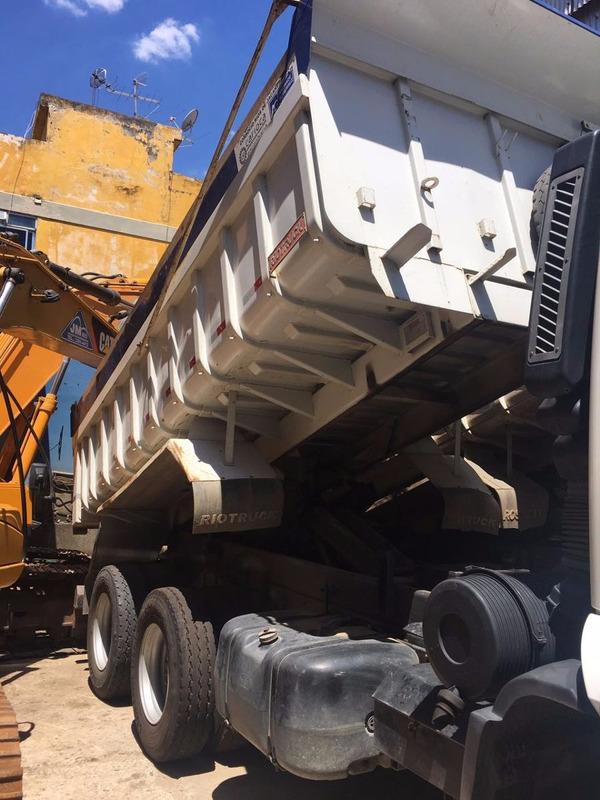ford cargo caminhão