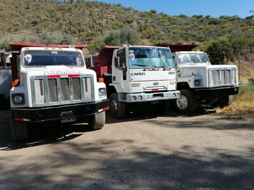 ford cargo camiones