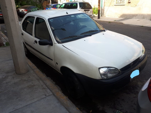 ford chevy fiesta 2001