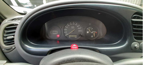 ford courier 1.6 nafta pick up año 2000