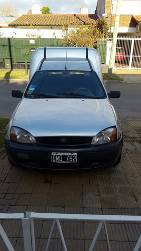 ford courier 2001