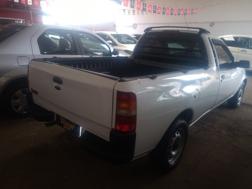 ford courier l 1.6 branco 2012