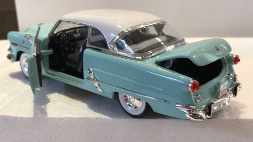 ford crestline victoria 1953 ,welly escala 1/24