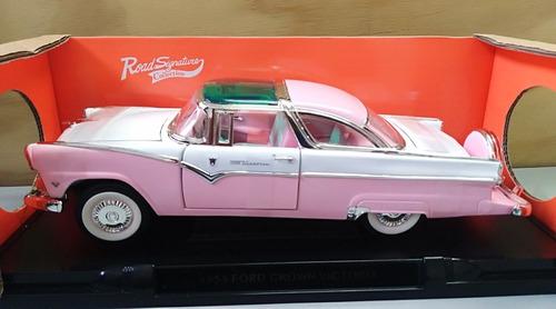 ford crówn victoria modelo 1955 a escala 1/18 29cms de largo