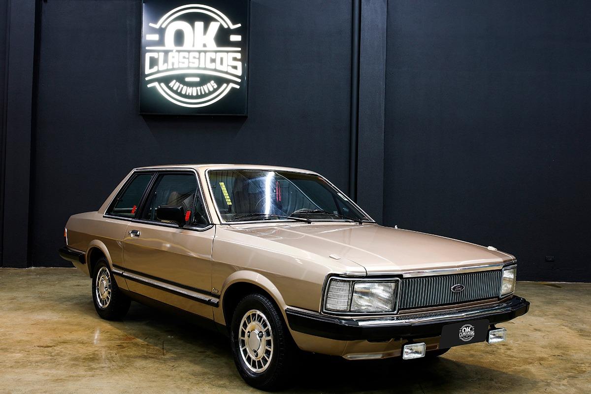 Ford Del Rey Ouro Carregando Zoom