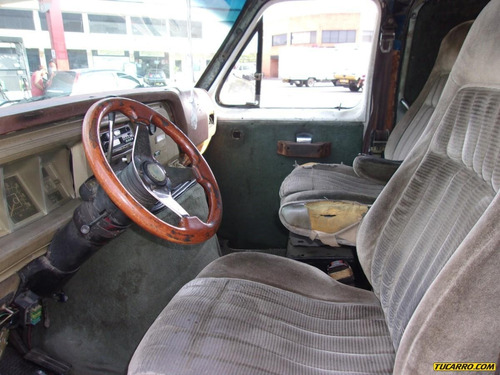 ford econoline 1978 automática