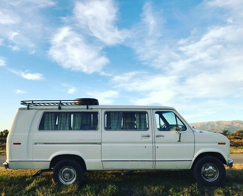 ford econoline 350 club wagon   v8 351ci  (@vartevargarage)