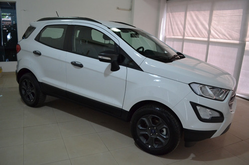 ford ecosport freestyle 1.5 nafta 4x2 0km 5p  // forcam pp