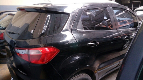 ford ecosport titanium chocado
