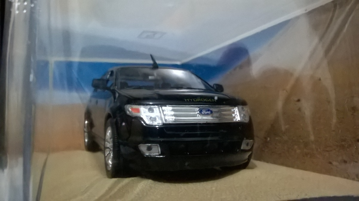 Ford Edge  James Bond   Carregando Zoom