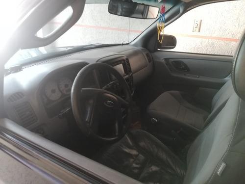 ford escape 2002