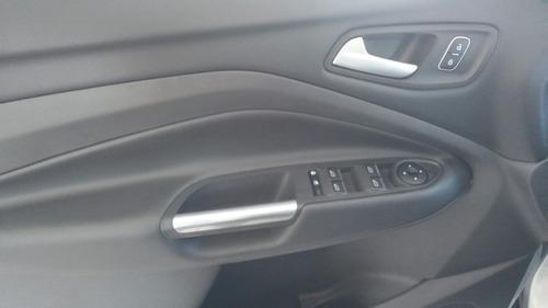 ford escape 2.5 titanium at
