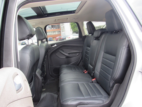 ford escape 4x4  2.0 turbo  2013