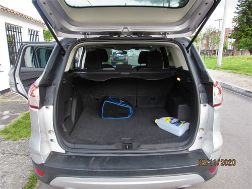 ford escape 4x4 a/t sun roof 2013