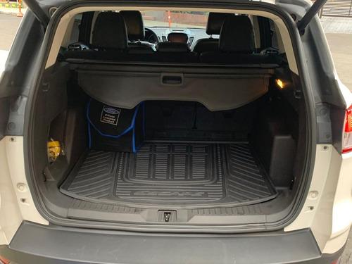ford escape at. 2.000cc 4x4