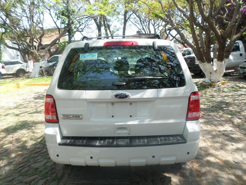 ford escape aut