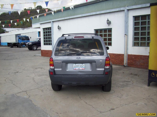 ford escape escape 4x2