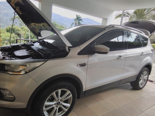 ford escape escape se 4*2