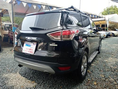 ford escape motor 2.0 2015 negro titan 5 puertas