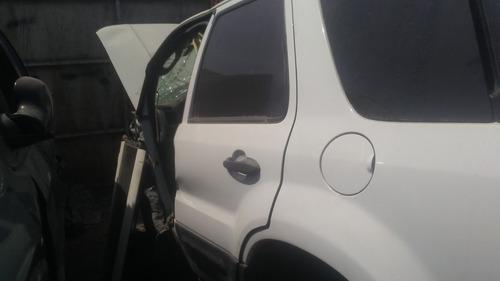 ford escape para partes piezas desarmando refacciones 2005