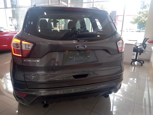 ford escape st line at