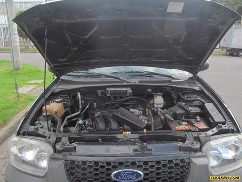 ford escape xls at 3000cc 4x4