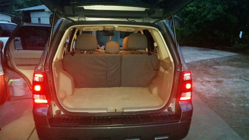 ford escape xlt 2010 4x4 4cilindros