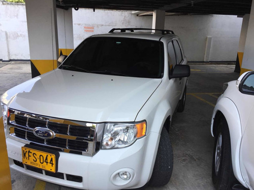 ford escape xlt 3.0 4*4