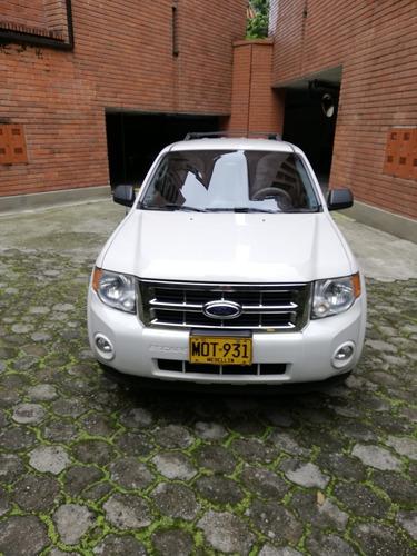ford escape xlt - 3.000 cc - 4 x 4