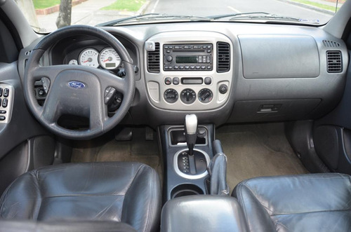 ford escape xlt aut 3.0cc