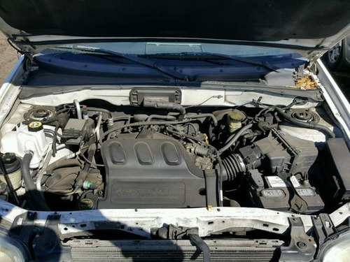 ford escape xlt motor 3.0 00-05 yonkeada para partes