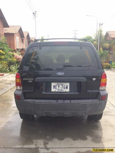ford escape xlt v6 4x4 - automatico