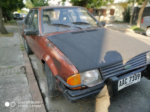 ford escort 1.6 87 u$s 4.950 pto mayor pongo hasta u$s 4.000