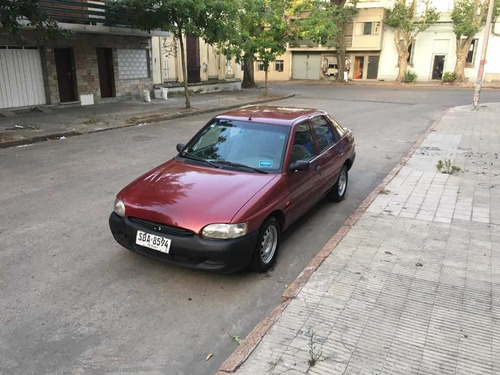 ford escort 1.6 lx