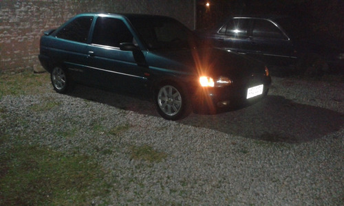 ford escort 1.8 coupe si 1999