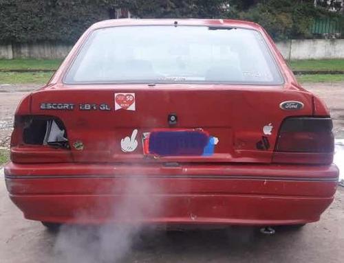ford escort 1.8 ghia 1996