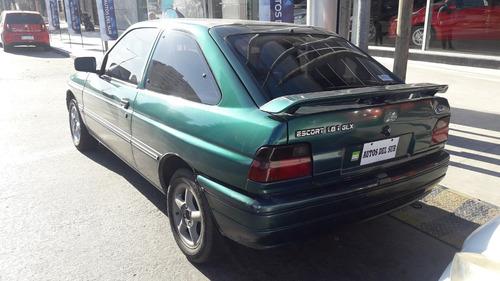 ford escort 1.8 glx 1996