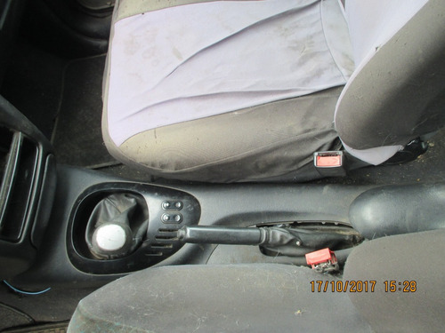 ford escort 1997-2001 en desarme