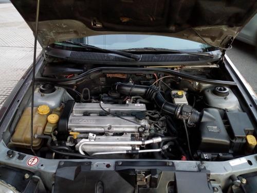ford escort 1997 ghia 1.8 titular de colección