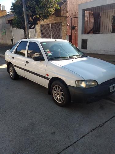 ford escort 1998 1.8 clx