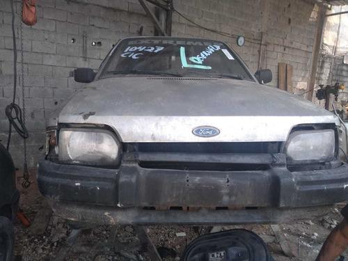 ford escort 1998 (somente para retirada de peças)