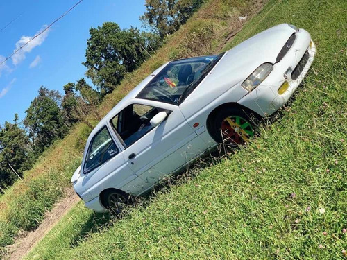 ford escort 2000 1.8 coupe rs
