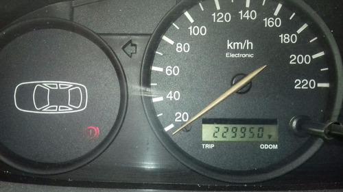 ford escort 2000.vendo o permuto.