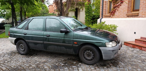 ford escort año 1998